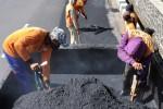 PEMBANGUNAN JALAN : Pemerintah Targetkan Bikin 769 Kilometer Jalan Baru