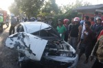 Mobil AG 1347 ML rusak berat akibat bertabrakan dengan Truk AD 1388 RG di Jl.Wonogiri-Ngadirojo km 4, Rabu (24/6/2015). Tidak ada korban jiwa dalam kecelakaan tersebut. (Muhammad Ismail/JIBI/Solopos)