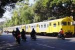 KRD menggantikan Railbus Batara Kresna yang absen, Jumat (26/6/2015). (Sunaryo Haryo Bayu/JIBI/Solopos)