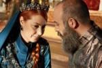 Vahide Percin, artis pengganti Meryem Uzerli berperan sebagai Hurrem Sultan di Abad Kejayaan (Facebook.com)