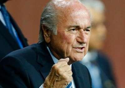 Sepp Blatter mengklarivikasi tak mundur sebagai Presiden FIFA. JIBI/Reuters