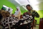 Tradisi penganti MOS (JIBI/Harian Jogja/Desi Suryanto)