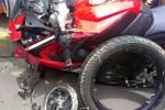 Bajaj Pulsar RS200 mengalami pecah pelek. (Rushlane.com)