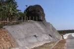Batu Bleneng Tol Cipali di KM 182. (nyitnyit.com)