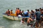 Evakuasi korban kapal feri Filipina (Reuters)