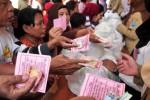 `Pasar murah Pemerintah Kota Tegal dan Bank Indonesia Tegal, Selasa (7/7/2015). (JIBI/Solopos/Antara/Oky Lukmansyah)