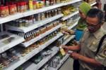 Sidak makanan olahan tak sehat di Temanggung, Senin (6/7/2015). (JIBI/Solopos/Antara/Anis Efizudin)