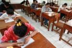 Seleksi madiri calon mahasiswa Undip di SMK Negeri 29 Jakarta, Minggu (26/7/2015). (JIBI/Solopos/Antara/Muhammad Adimaja)