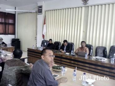 Komisioner 21 KPU di Jateng rapat koordinasi di KPU Solo, Jumat (317/2015) siang. (Tri Rahayu/JIBI/Solopos)