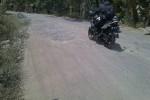 Salah satu ruas jalan rusak di Kabupaten Klaten. (Taufiq Sidik Prakoso/JIBI/Solopos)
