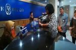 Anita owner GM Productin membayar pajak melalui sistem MPN G2. (JIBI/Harian Jogja/Abdul Hamied Razak)