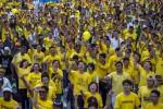Ratusan ribu warga Malaysia turun ke jalan menuntut PM Najib Razak mundur. Demo dilangsungkan di Kuala Lumpur, Malaysia, Minggu (30/8/2015). (JIBI/Solopos/Reuters/Athit Perawongmetha)