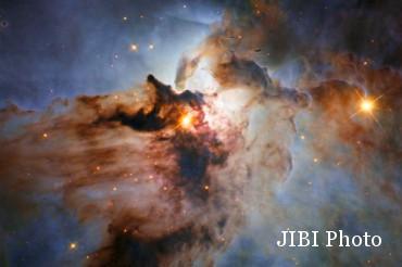 Gambar Lagoon Nebula (mirror.co.uk)