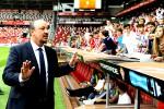 Reaksi Manager Real Madrid Rafael Benitez seusai timnya hanya bermain imbang melawan Sporting de Gijon di El Molinon stadium Gijon. JIBI/Reuters/Eloy Alonso