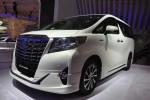 Toyota Alphard Hybrid hadir di pameran otomotif GIIAS 2015. (Metrotvnews.com)