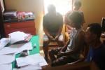 Empat pelaku judi remi menjalani pemeriksaan di Unit Reskrim Polsek Ngawen, Senin (31/8/2015). (JIBI/Harian Jogja/David Kurniawan)