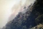 Kebakaran di lereng Gunung Merbabu terlihat dr stasiun CCTV di Sabana 2, Kamis (20/8/2015). (Istimewa/@BPPTKG)
