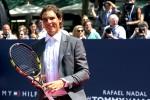 Rafael Nadal tengah melakukan pertandingan eksibisi dalam sebuah promosi produsen pakain dalam pria milik Tommy Hilfiger di New York, 25 Agustus 2015 waktu setempat. JIBI/Reuters/Lucas Jackson
