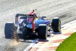 Pembalap Red Bull Formula One Daniel Ricciardo menikung saat latihan bebas di F1GP Belgia 22 August 2015 silam. JIBI/Reuters/Yves Herman