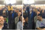 Para penumpang tertawa lepas mendengar pengumuman dari pramugari. (Istimewa)