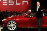 Mobil Listrik Tesla Bakal Mengaspal di Planet Mars