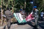 PILKADA BANTUL : Ribuan Atribut Kampanye Dibersihkan