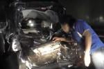 KECELAKAAN NGAWI : 6 Kendaraan Tabrakan di Ngrancang, Salah Satunya Ambulans…