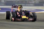 FREE PRACTICE II GP SINGAPURA : Kvyat Tercepat, Rosberg-Hamilton Gagal di 3 Besar