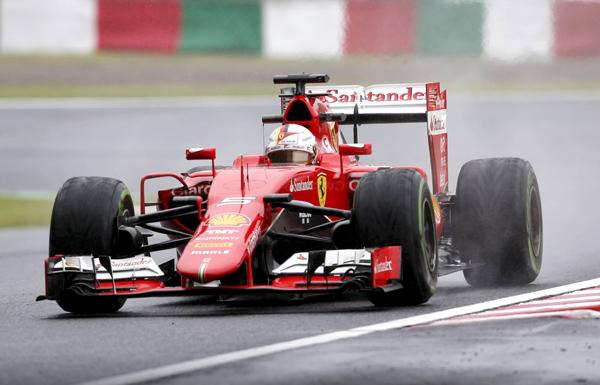 Pembalap Ferrari Formula One Sebastian Vettel menjajal surkuit Suzuka, Jepang pada latiha bebeas kedua. JIBI/Reuters/Toru Hanai