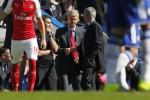 CHELSEA VS ARSENAL : Mourinho Sebut Wenger Selalu Mengeluh