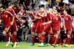 Para pemain Spanyol berselebrasi atas kemenangan mereka melawan Slovakia pada kualifikasi Euro Cup 2016 beberapa waktu lalu. Ist/Reuters