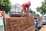 BAHAN MATERIAL SOLO : Harga Batu Bata Anjlok, Penjualan Turun