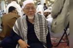 DR. TUNJUNG MENINGGAL : Profil dr. Tunjung: Dokter Dermawan dan Bapak Ribuan Penghapal Quran