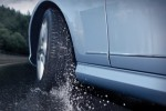 TIPS OTOMOTIF : Musim Hujan, 2 Hal Ini Penting untuk Ban Mobil
