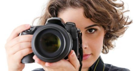 Ilustrasi kamera DSLR (mashable.com)