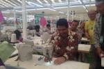 Kepala BKPM Franky Sibarani saat meresmikan pabrik di Ungaran, Semarang (Istimewa/BKPM)