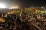 Pabrik di Pakistan Ambruk, 20 Tewas