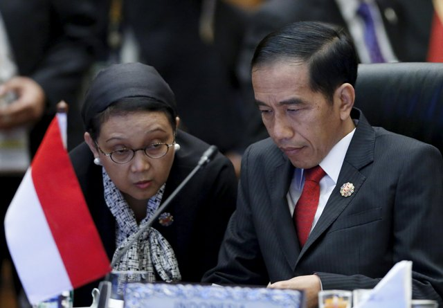 http://images.solopos.com/2015/11/jokowi-asean.jpg