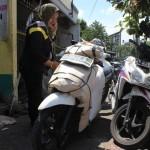JASA ANGKUT KENDARAAN : Musim Wisuda, Pengiriman Sepeda Motor dan Mebel Melalui KA Melonjak