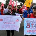 FOTO KONTRAK FREEPORT : Mahasiswa Ingin Nasionalisasi Freeport