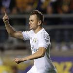 Denis Cheryshev saat merayakan gol yang dicetaknya ke gawang Cadiz di ajang Copa del Rey. (Dailymail)