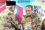 HARI ANTIKORUPSI : Kemendikbud Raih Penghargaan KPK