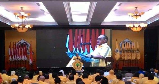 Ketua Umum DPP Partai Golkar Aburizal Bakrie memberikan sambutan pada pembukaan Musda IX Partai Golkar Jawa Tengah di Hotel Semesta, Semarang, Selasa (22/12/2015). (Insetyonoto/JIBI/Kanalsemarang.com)