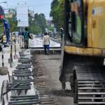 FOTO PERBAIKAN JALAN : Perbaikan Jalur Pantura Dikebut