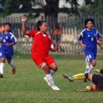 SEPAK BOLA WANITA : Tim Putri Surakarta Gagal Juara