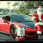KISAH UNIK: Bukan Kereta Rusa, Sinterklas Ini Pilih Naik Ferrari