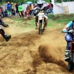 Foto Kejuaraan Motocross Digelar di Pantai Prigi
