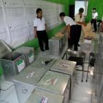 PILKADA SEMARANG : Petugas Gelar Rekapitulasi Penghitungan Suara Pilkada Semarang
