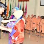 PERINGATAN HARI IBU : Undip Berikan Penghargaan 94 Dosen