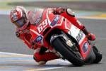 Nicky Hayden saat masih membela Ducati di MotoGP (Reuters)